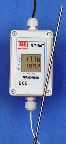 Precise electronic LB-710ATX thermometer with an accuracy of 0.01°C