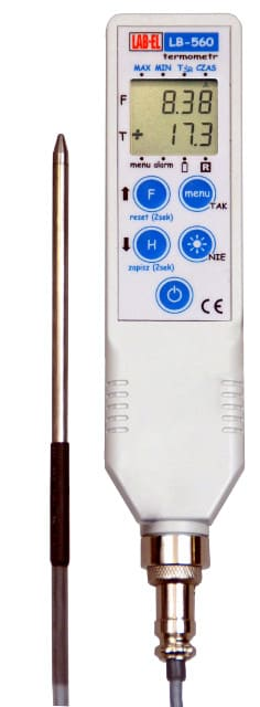 LB-560D precision thermometer with a probe